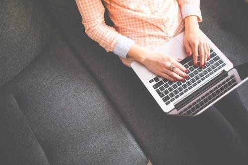 person undertaking an online internships