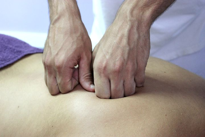 Chiropractor in Norwest treating a patient
