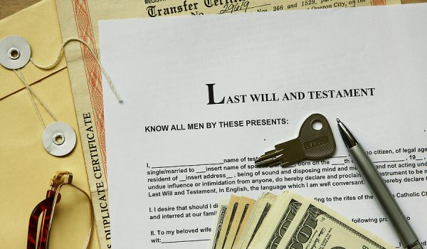 How And Why Should You Hire A Wills And Estate Campbelltown Lawyer